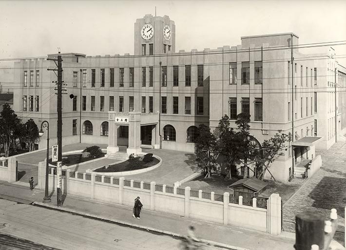 Câu Chuyện Về Cuộc Đời Của Nhà Sáng Lập Seiko Kintaro Hattori Nhà Máy Seikosha 1930