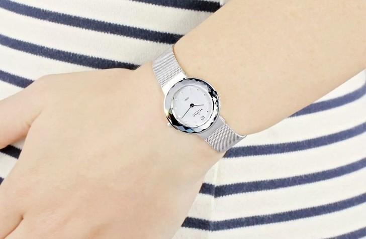 Đồng hồ Skagen 456SSS: Dây đeo dạng lưới, thiết kế nữ tính - Ảnh 1