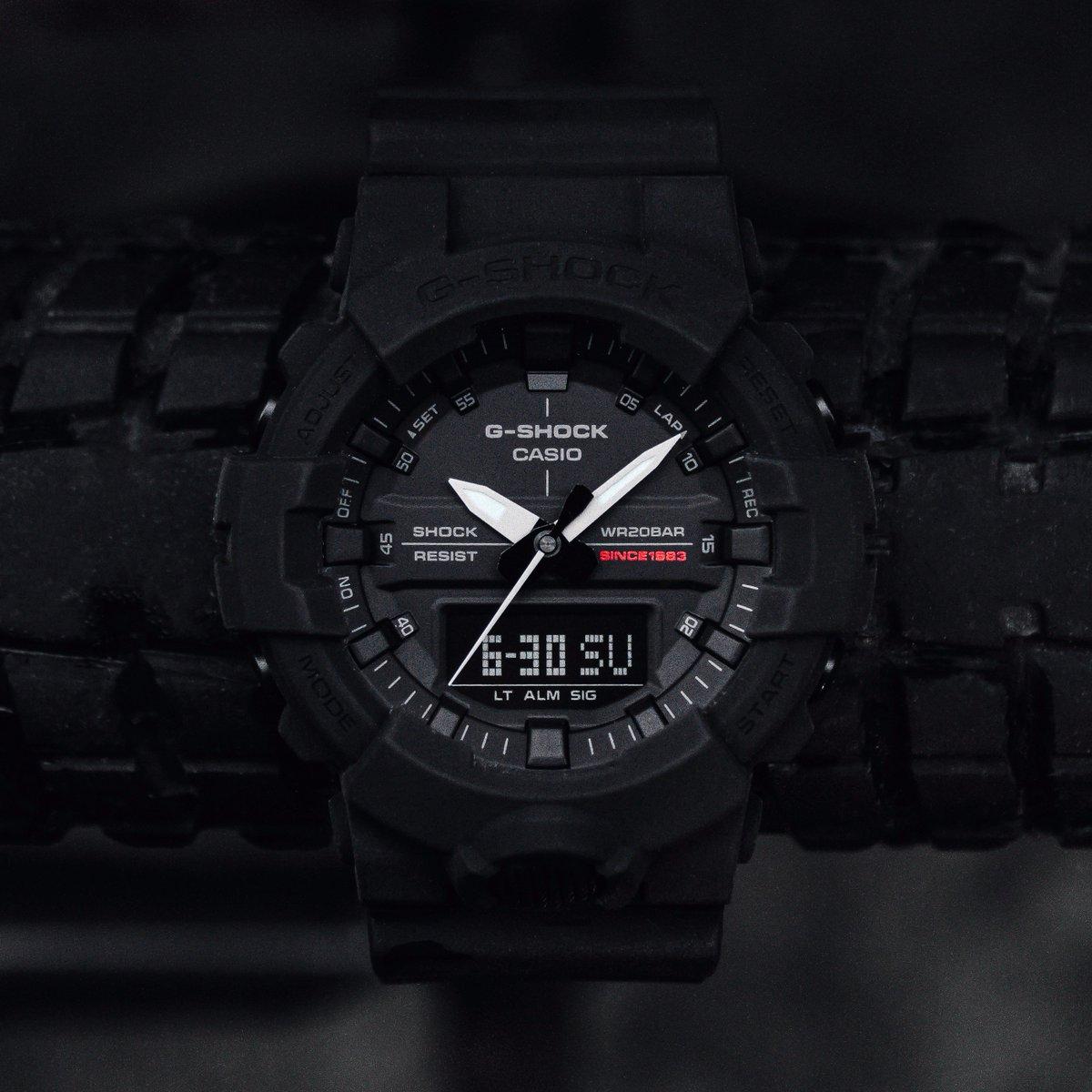 Nổ Tung G-Shock GA-735A-1A Và GA-835A-1A Đen Mờ 4