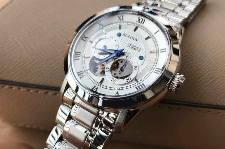 Đánh giá đồng hồ Bulova 96A118 từ bên ngoài lẫn bên trong - Ảnh 4