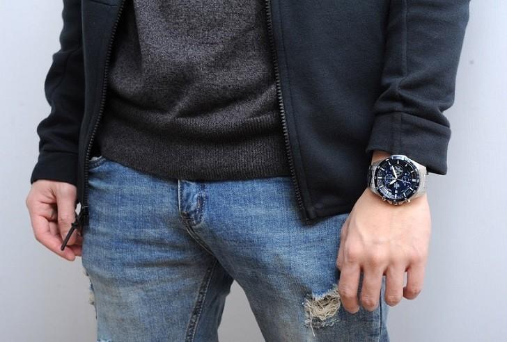 Đồng hồ Casio EFR-556DB-2AVUDF giá rẻ, thay pin miễn phí - Ảnh 4