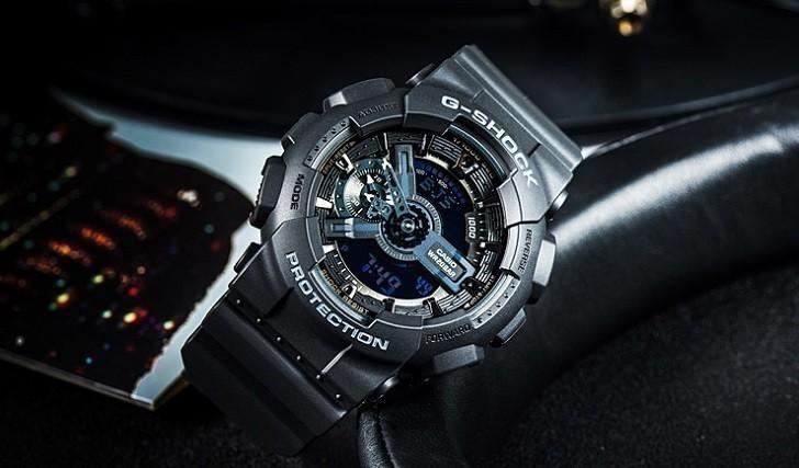 Đồng hồ G-Shock GA-110-1BDR chịu nước 20 ATM thoải mái lặn - Ảnh: 1