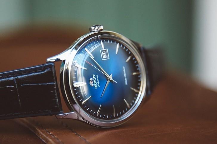 Đồng hồ Orient FAC08004D0 mặt xanh ấn tượng, máy cơ tự động - Ảnh 3