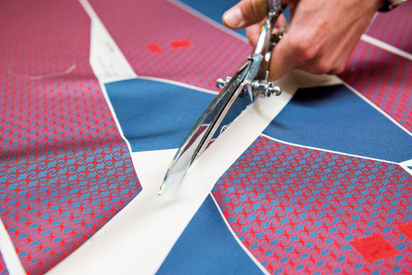 bật mí cà vạt nam cao cấp được làm ra như thế nào 4