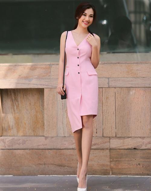 các mẫu đầm vest công sở đẹp nữ cách tân 8