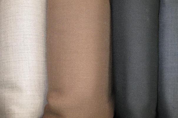 chọn vải mẫu quần tây công sở đẹp 5