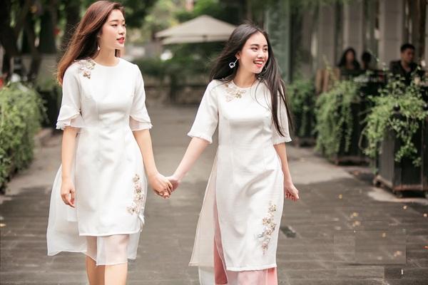 một số mẫu trang phục công sở áo dài 2017 mới nhất 6