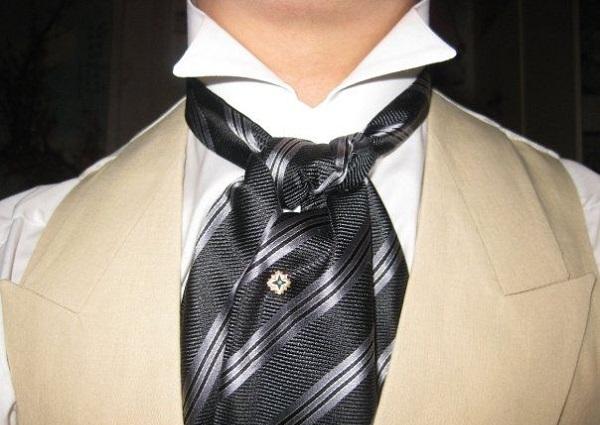 sự đa dạng của phụ kiện thời trang nam ascot 3