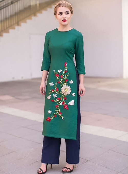 trang phục áo dài công sở đầy sự cách tân và hiện đại 2