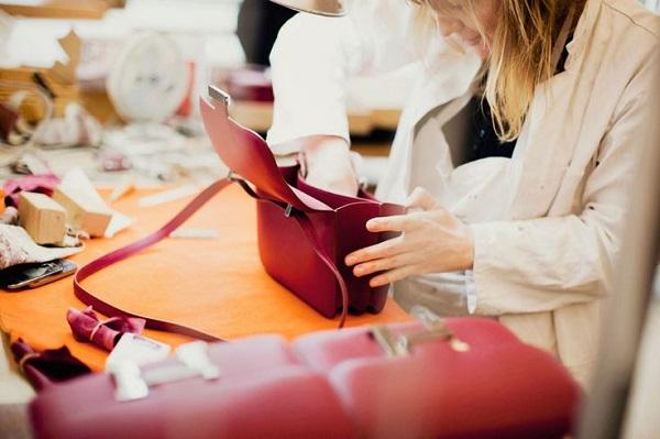 các tiêu chuẩn của mẫu túi xách công sở sang chảnh 2