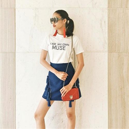 phong cách mẫu áo phông công sở nữ biến đổi 6