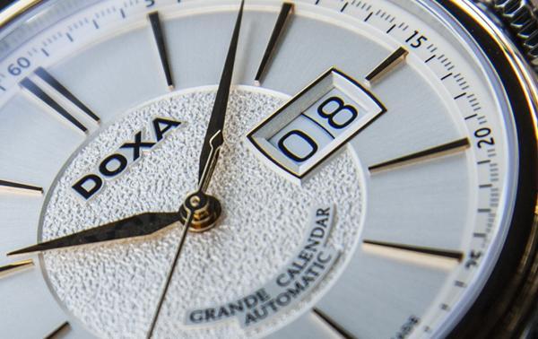 Doxa Grande Calendar D187, Dòng Đồng Hồ Big Date Đẹp Rất Tao Nhã Mặt Số