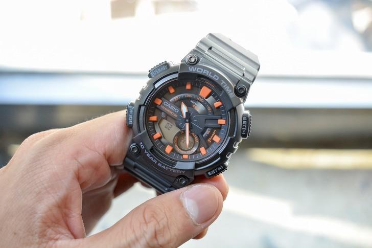 Đồng hồ Casio AEQ-110W-1A2VDF giá rẻ, siêu chức năng tiện ích - Ảnh 2