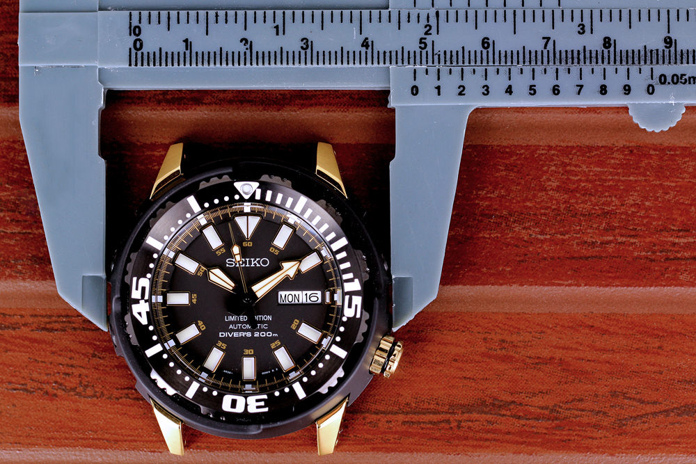 how to size a watch
