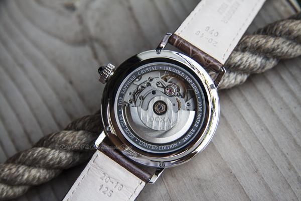 Đồng Hồ Doxa D139, Từ Vàng 18K Cho Đến Độ Chính Xác Chronometer ETA 2836-2