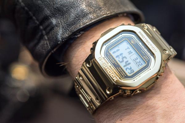 G-Shock GMW-B5000: Hồi Sinh Cụ Tổ 1983 DW-5000C Từ Kim Loại GMW-B5000TFG-9