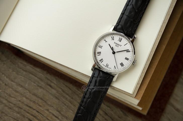 Đồng hồ Tissot T109.210.16.033.00 đạt chuẩn Swiss Made - Ảnh 1
