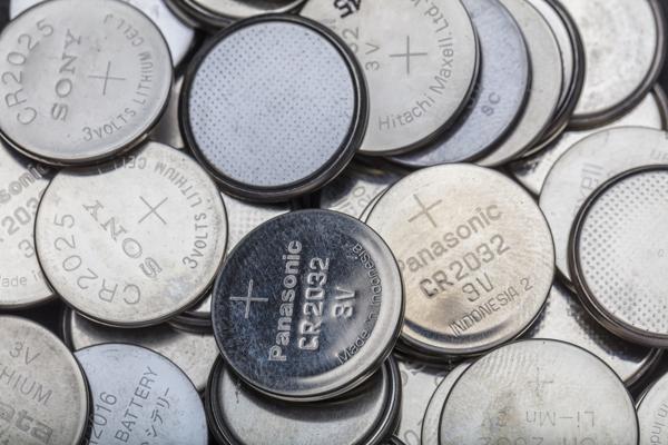 5 Thương Hiệu Pin Đồng Hồ Đeo Tay Nổi Tiếng Thế Giới Khuyên Dùng Mã Pin