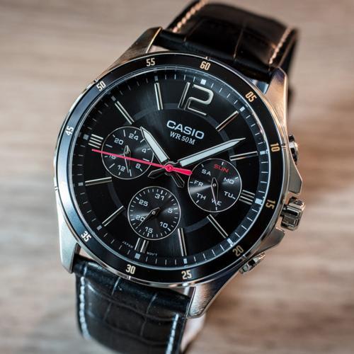 Review Đồng Hồ Casio MTP-1374L-1AVDF Đen Ngầu 6 Kim Giá Rẻ Mặt Số