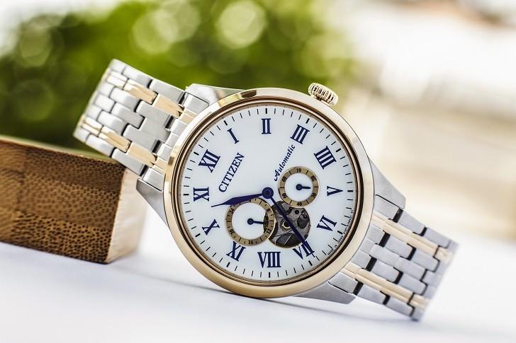 Đồng hồ Citizen NP1026-86A thiết kế Open Heart sang trọng - Ảnh 1