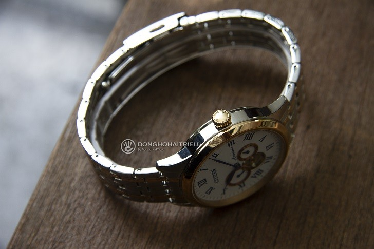 Đồng hồ Citizen NP1026-86A thiết kế Open Heart sang trọng - Ảnh 3