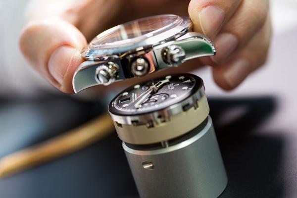 5 Điều Cần Biết Về Thương Hiệu Đồng Hồ Tudor, Chị Em Của Rolex Vỏ