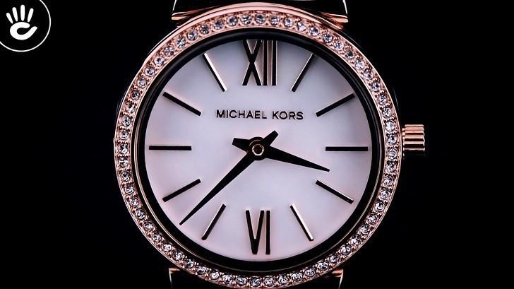 Đồng hồ Michael Kors MK2715: giá rẻ và thay pin miễn phí - Ảnh 2