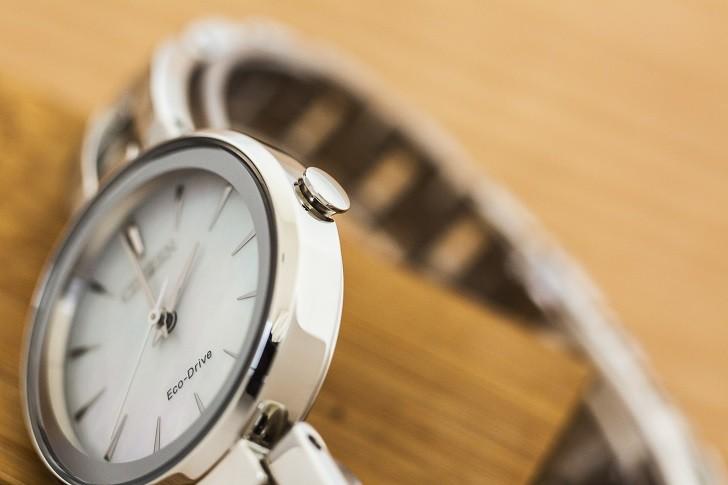 Đồng hồ ánh sáng Citizen EM0631-83D khảm xà cừ độc đáo - Ảnh 6