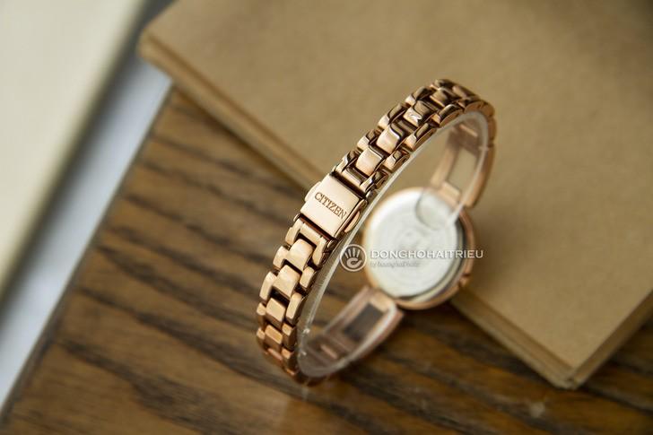Đồng hồ Citizen EM0639-81A Mạ vàng sang trọng, pin bất tử - Ảnh 4