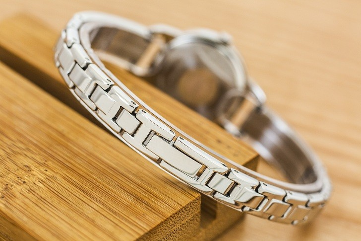 Đồng hồ Citizen EZ6370-56X mặt nhỏ, giá rẻ, đính pha lê - Ảnh: 5