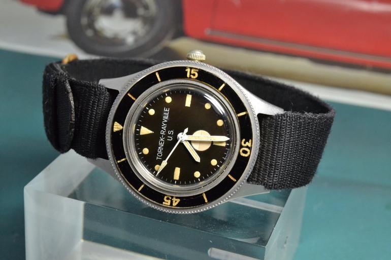 6 mẫu đồng hồ quân đội Mỹ đã dùng trong chiến tranh Việt Nam Tornek-Rayville TR-900
