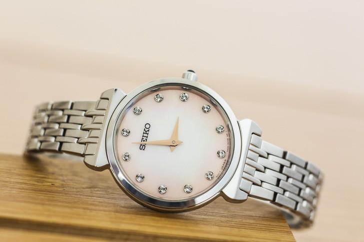 Đồng hồ Seiko SFQ803P1 thời trang, đính đá pha lê sang trọng - Ảnh 2