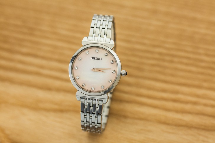 Đồng hồ Seiko SFQ803P1 thời trang, đính đá pha lê sang trọng - Ảnh 3
