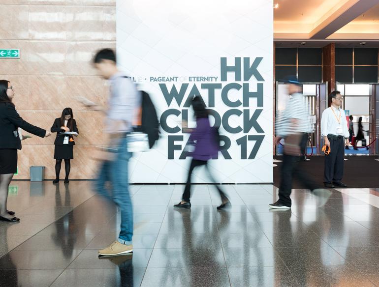"""5 thương hiệu đồng hồ Hồng Kông nổi tiếng """"được lòng"""" cả thế giới Hong Kong Watch & Clock Fair 2017"""