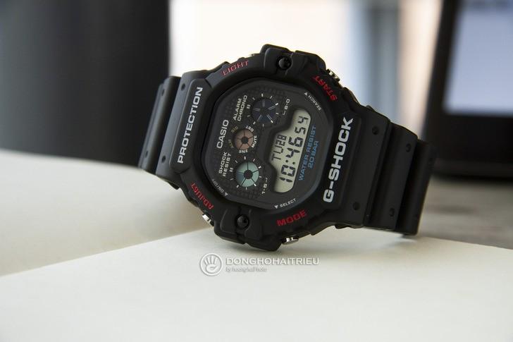 """Đồng hồ G-Shock DW-5900-1DR - """"Robot 3 mắt"""" đầy mạnh mẽ - Ảnh 2"""