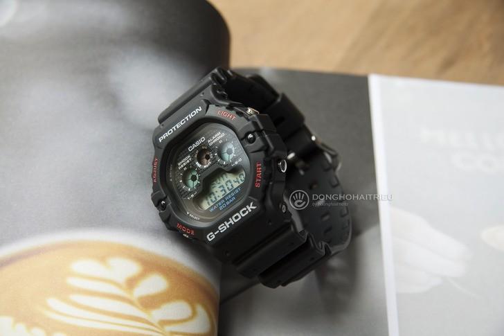 """Đồng hồ G-Shock DW-5900-1DR - """"Robot 3 mắt"""" đầy mạnh mẽ - Ảnh 3"""