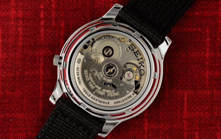 So sánh: đồng hồ Seiko 5 automatic 21 jewels và 23 jewels 7S26 Malaysia