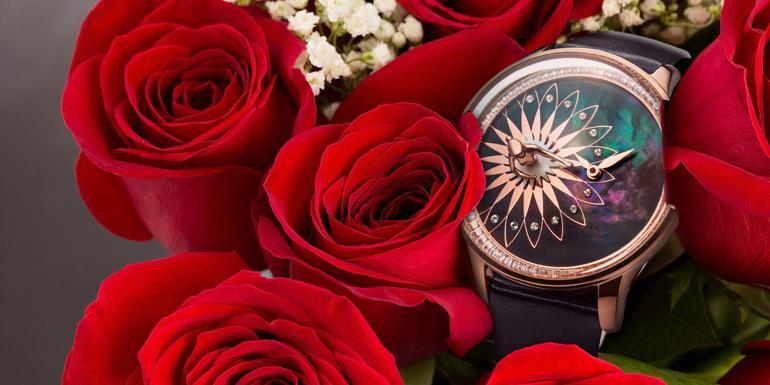 36 mẫu đồng hồ nữ đẹp chính hãng làm quà tặng 8 tháng 3 theo độ tuổi Fouetté OR-5