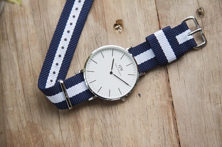 Có nên mua đồng hồ Daniel Wellington (DW) xách tay từ Nhật, Mỹ,...? - Ảnh 1