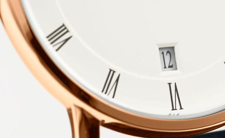 Review khám phá đồng hồ Daniel Wellington (DW) Dapper kim xanh nổi tiếng Dapper Lịch Ngày
