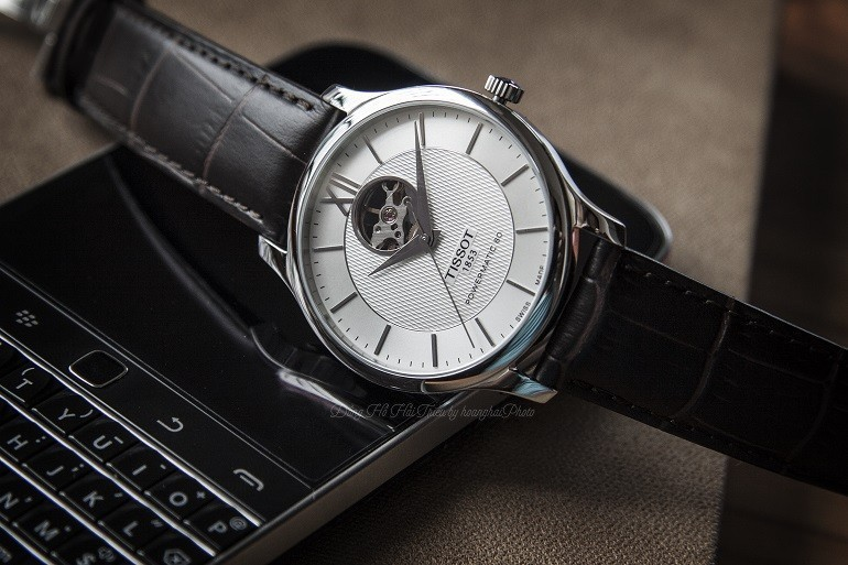 Rốt cuộc, nên chọn mua đồng hồ cơ hay đồng hồ điện tử? - Ảnh 3