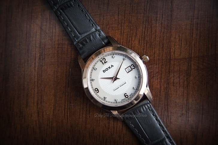 Đồng hồ Doxa D168RWL: Siêu mỏng và đính 8 viên kim cương - Ảnh 4