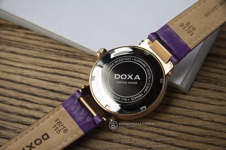 Đồng hồ Doxa D182RWP ấn tượng với dây đeo bằng da màu tím - Ảnh 2