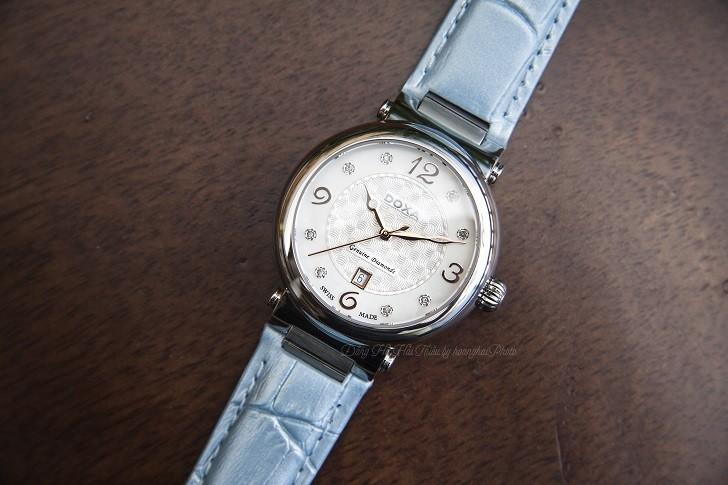 Đồng hồ Doxa D182SWB đính 8 viên kim cương trên mặt số xà cừ - Ảnh 1