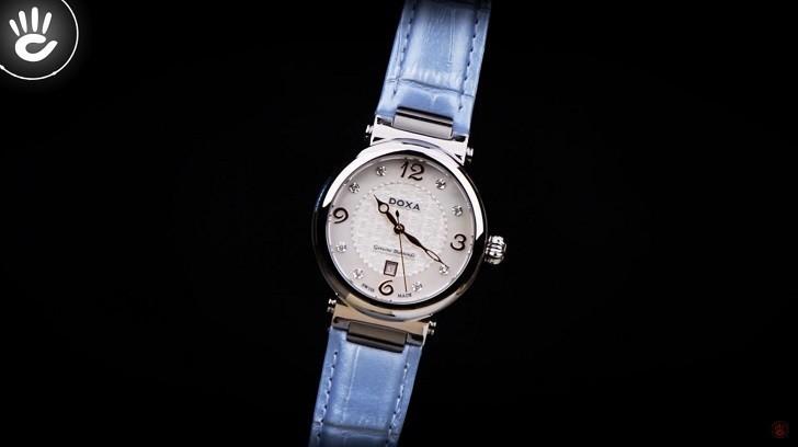 Đồng hồ Doxa D182SWB đính 8 viên kim cương trên mặt số xà cừ - Ảnh 2