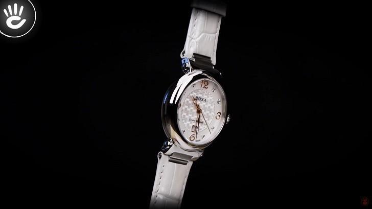 Giá trị thật 8 viên kim cương trên đồng hồ Doxa D182SWH - Ảnh 2