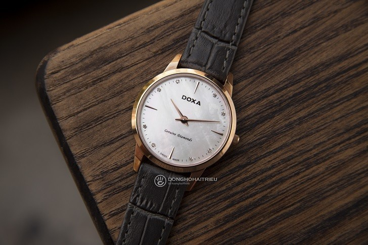 Review đồng hồ Doxa D158RWH được đính 8 viên kim cương - Ảnh 1