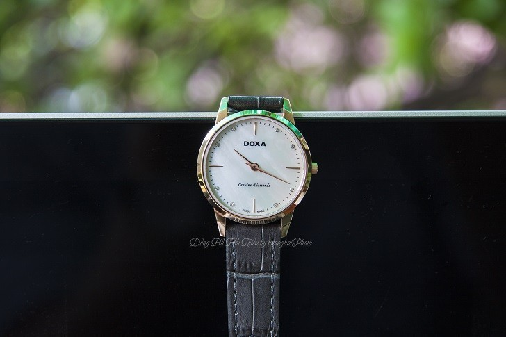 Review đồng hồ Doxa D158RWH được đính 8 viên kim cương - Ảnh 2