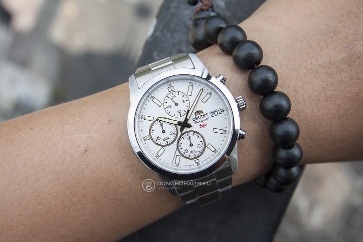 Review Đồng Hồ Orient FKU00001W0 Kèm Tính Năng Chronograph - Ảnh 3