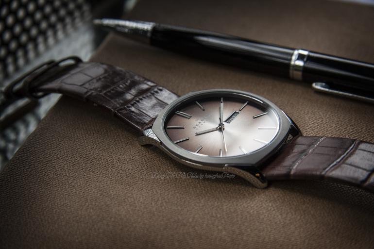 10 thương hiệu đồng hồ siêu mỏng nổi tiếng nhất Việt Nam - đồng hồ siêu mỏng Skagen 890XLSLD minimalist